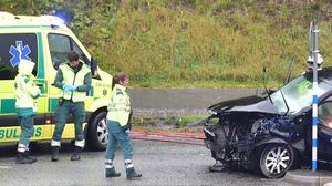 Trafikolycka på Morabergsvägen i Södertälje. Foto: Pontus Stenberg