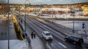 Ett tunt snötäcke och fyra plusgrader råder i Härnösand i slutet av året.