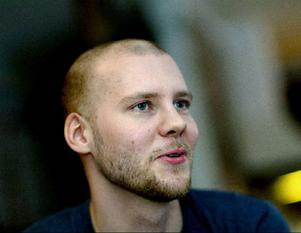 Pianisten Stefan B Nilsson spelar Schumann och Schnittke…