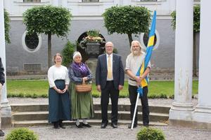 Lisa Hamnede, Marie-Louise Pettersson, landshövding Sven-Erik Österberg och Niklas Frid.