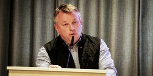 Före detta C-politikern Olle Fack ägde aktier i ett bolag han tog politiskt beslut om.