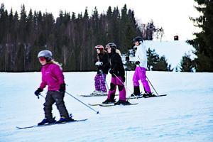 Edsbybacken är öppen för utförsåkning under hela sportlovsveckan.