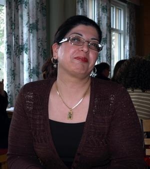 Påverka. För att kunna påverka i samhället är Shori Zand engagerad i näringslivsfrågor på olika plan. Bland annat sitter hon som sakkunnig i Nutek och näringslivsdepartementet.