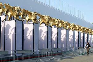 Fasaden av filmpalatset i Venedig.