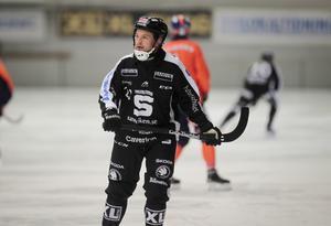 Edlund leder skytteligan med 12 måls marginal till tvåan Patrik Nilsson.