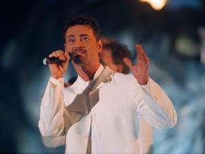 Christer Björkman sjunger