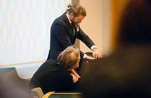 Arkivbild. Ulf Borgström förklarade för tingsrätten att han inte använder sin dator utan har lånat ut den till andra.