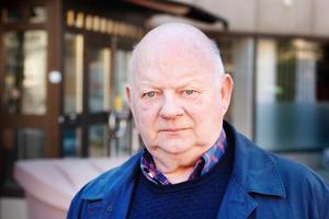 Kjell Helling, L.