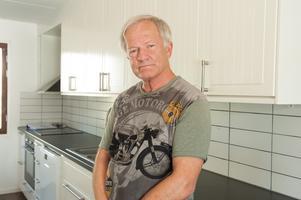 Sören Hallberg är väldigt upprörd över familjens situation.