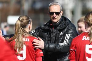 Patrik Melin, tränare i Team Hudik.