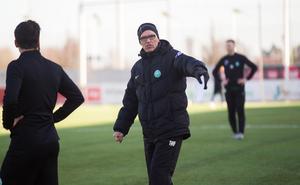 VSK:s tränare Tor-Arne Fredheim är i stort sett nöjd med allting efter två matcher. Men han slappnar inte av för det.