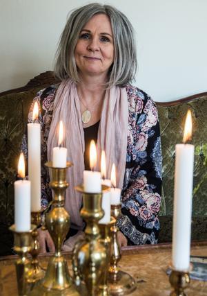 """""""Jag kan se saker på avstånd. En gång kunde jag tala om för en kund var sonens leguan var gömd, den hade varit borta i flera dagar"""" berättar Ann-Charlotte Löfdahl."""