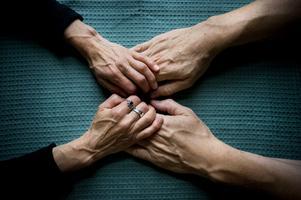 Långvarig smärta, som vid till exempel reumatoid artrit är den vanligaste orsaken till besök i primärvården. Reumatikerförbundet larmar om att vården fungerar dåligt.. Foto: Dan Hansson