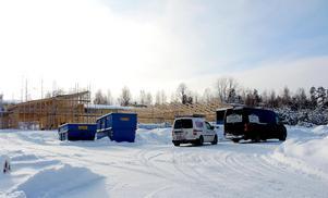 I februari såg  bygget ut så här.