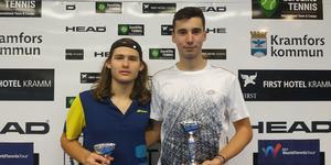 Biagio Gramaticopolo och Leonardo Malgalori som tillsammans vann pojkarnas dubbel.