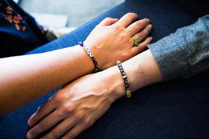 Armband till stöd för forskningen om ALS.