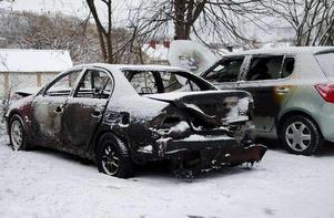 De bilar som skadades i bilbranden.