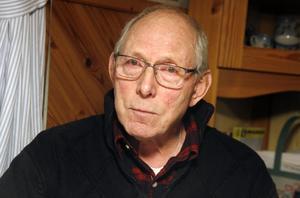Sören Wass efterlyser mer dialog mellan Postnord och Coop Nära i Enånger.