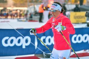 Charlotte Kalla står över Tour de ski.