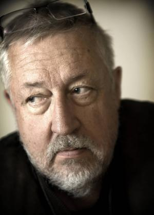 Leif GW Persson rekommenderade boken om den förslagna bedragerskan i sitt populära TV-program...