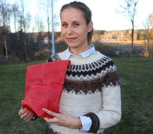 Ebba-Klara Eriksson hemma i Mårdshyttan där hon vuxit upp och som fått ge namn åt hennes företag Mårda.