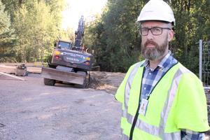 Gunnar Axelsson, projektledare på Trafikverket, som rustar Östra bron i Arboga. (Arkivbild).