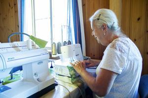 Britt-Marie Engman håller på med ett långtidsprojekt.