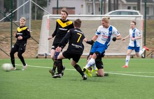 Jonathan Åhlin spelade i IFK Timrå under 2015. Foto: Andreas Ignell/arkiv.
