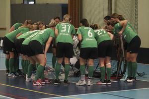 IK Sätra laddar för matchen – och för att svepa igenom division 2-serien och gå upp direkt.