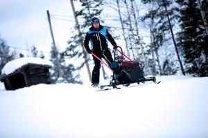Anders Olsson och Sanna Wiklund i Bollebacken.