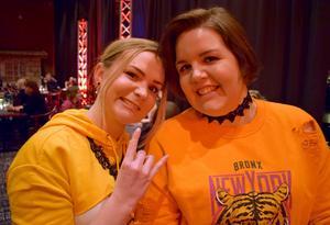 Ellen Green och Anna Svensson var glada över att vara på releasefest.