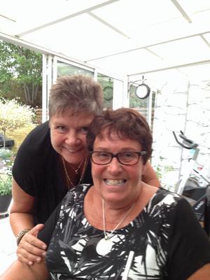 Carina Hjortsberg tycker att vännen Marianne Eldebrink är modig som tagit beslutet om dödshjälp.