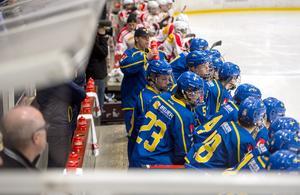 I och med vinsten leder Sverige femnationsturneringen före USA.