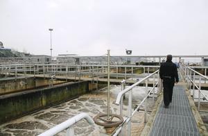 110 000–120 000 kubikmeter avloppsvatten behandlas varje  dag i Himmerfjärdsverket, som ligger ett par kilometer nordväst om Sorunda. Reningsverket renar avloppsvatten som leds dit från sex kommuner.