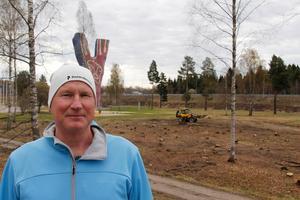 Fredrik Karlsson är kritisk till att så gott som alla träd i området vid Y:et fällts.