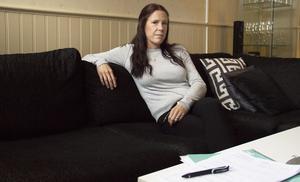 Jessica Jäderberg är utbränd sedan drygt ett år tillbaka och kämpar för sin rätt. Nu har det gått så långt att hon driver sin egen rehabilitering.