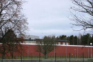 Salbergaanstalten byggdes 2007, med samma säkerhetsklass och höjd på muren som det kommer att bli på Verksmon. Foto: Terese Ahlin/ Sala Allehanda