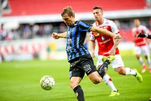 Sirius försvarare Jesper Arvidsson missar matchen på Behrn arena på grund av en stukad fot.