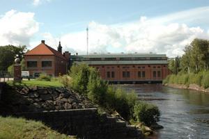 FÖRSTÄRKS? Dammarna i Dalälven, som vid Untra kraftverk, måste förstärkas vid en klimatförändring, menar deltagare vid ett seminarium i Uppsala.