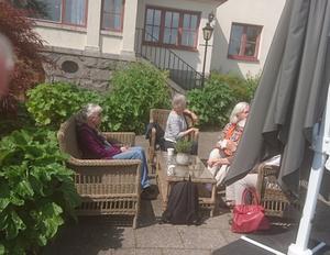 Fika på Smådalarö. Foto: Inga Burebo Karlsson