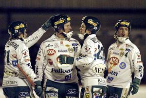 Bild från 2003. Stefan Erixon (tvåa från vänster) jublar i Hammarby med David Karlsson, Rickard Koch och Oscar Jonsson. FOTO: Johan Främst/Scanpix
