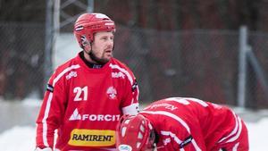 Nitro Noras lagkapten Jesper Bryngelson var  besviken efter förlusten borta mot Falu BS.