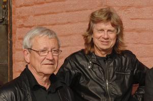 Björn J:son Lindh och Janne Schaffer var goda vänner sedan tidigt 70-tal. Foto: NP Arkiv