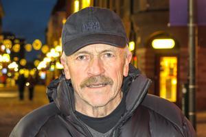 Hasse Jacobsson, 67 år, Södra Hålland: – Nej, jag är så stygg. Men jag skulle kunna gå längst bak i ett luciatåg, som stjärngosse och sjunga.