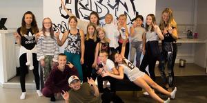 I veckan hölls ett dansläger på Hedemoras enda danscenter där barn och unga fick testa på 4 olika stilar.