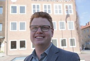 Kommunalrådet Fredrik Rönning (S) tror på en fortsatt stark ekonomisk utveckling för Smedjebackens kommun.