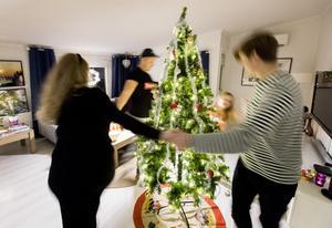 Vid närmare eftertanke kanske julafton en gång i månaden blir tröttsamt.