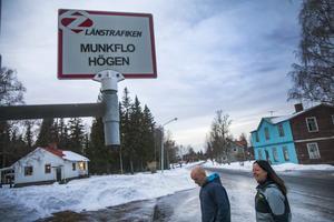 Mitt i Munken. Bussförbindelsen med byn är fortfarande god.