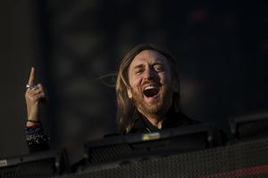 David Guetta hyllar svenska stjärnan Zara Larsson i ny intervju.