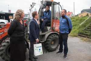 Lena Hentchel och Jonas Karlsson på kommunens tillväxtavdelning gjorde ett besök på Ocad i Nynäshamn.